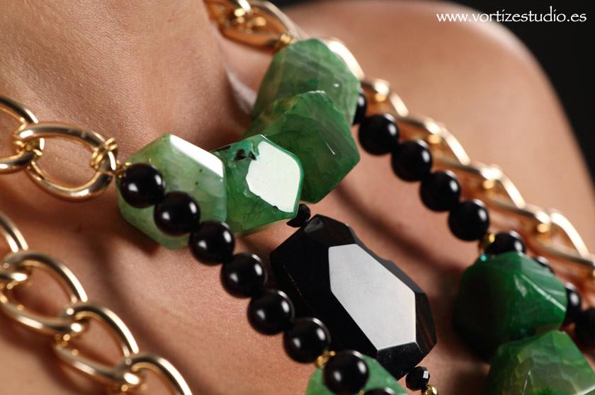 collar-piedras-vostizestudio