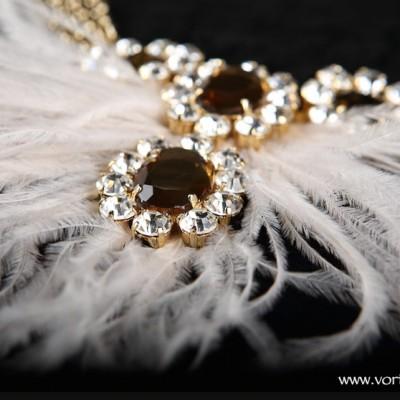 collar-plumas-vortizestudio