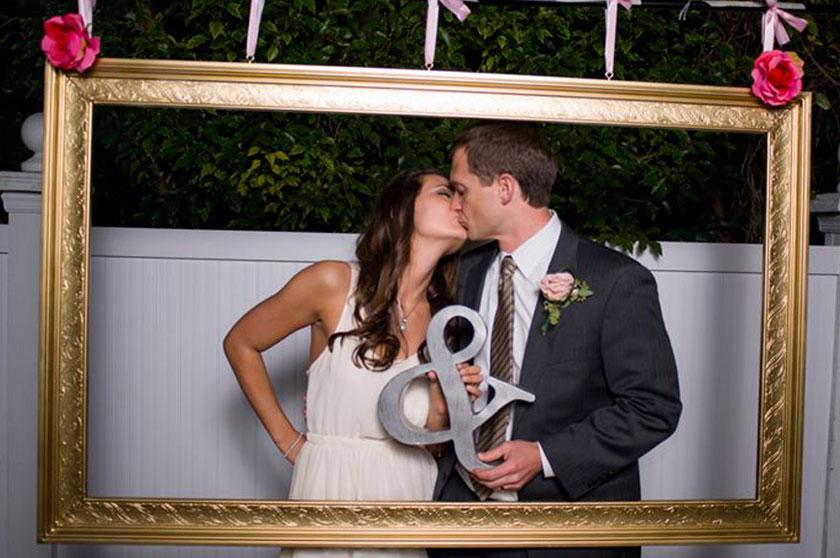 Photocall instagram y otros diy para tu boda vortize studio - Diy marcos para fotos ...