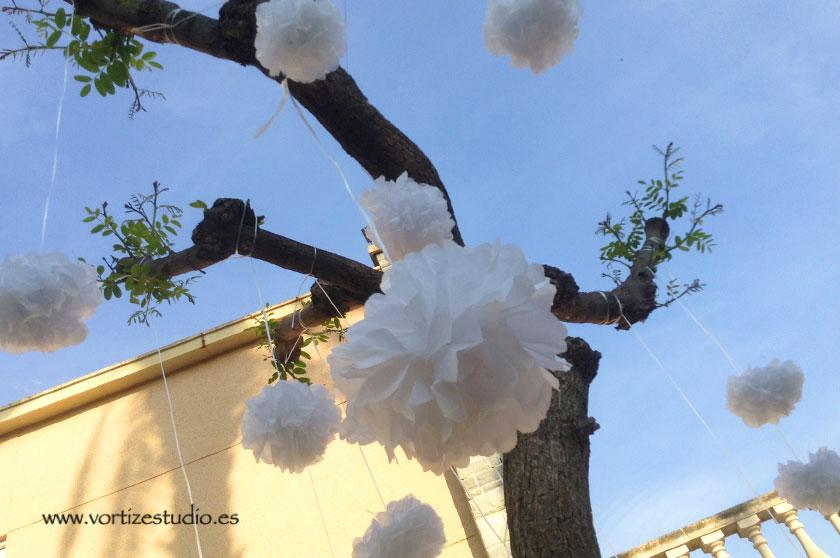 pompones-árbol-comunión-diy
